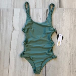 NWT Amuse Society Estelle One Piece Swimsuit
